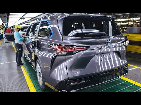 2021 Toyota Highlander and Sienna – Production line at Indiana plant