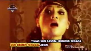 Susy Arzetty Mega Nyisik DJ Donald Remix 2015 Video Klip Asli
