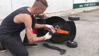 Как заменить нож на газонокосилке бензиновой