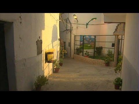 بالفيديو: قرية جزائرية تفوز بلقب أجمل وأنظف قرية لعام 2017  - نشر قبل 9 ساعة