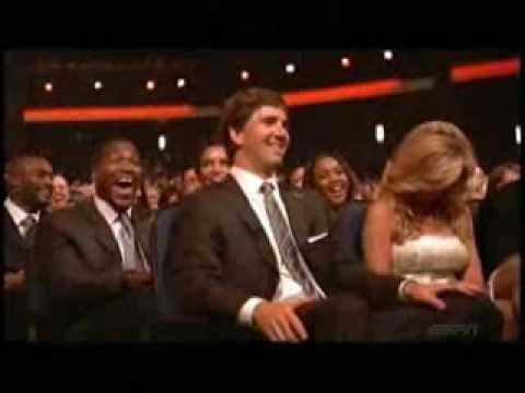 Justin Timberlake burns Eli at the ESPYs