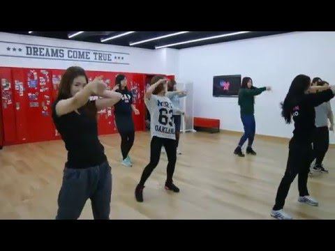 Girls' Generation : PARTY Dance : The K-Pop Experience Program with The City of Seoul