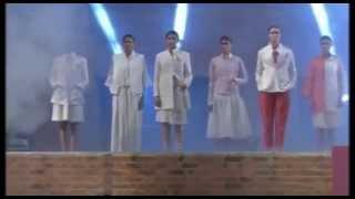 Salman Khan, Sonam Kapoor walk on ramp in fashion show at IIM Ahmedabad