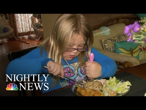 Volunteers Use Meal Train To Help Ease The Burden For Those In Need   NBC Nightly News