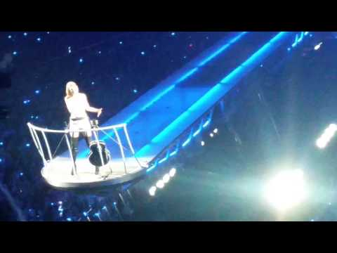 Taylor Swift Talk at 1989 World Tour Adelaide Dec 8