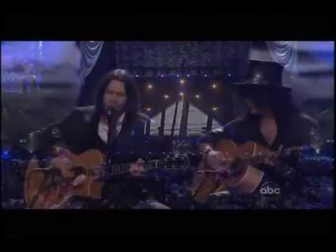 "Slash, Myles Kennedy & Haley Reinhart – Wild Horses [Live at ""Power of Love"" Gala]"