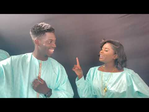 Download Dudu fait des vidéos, Gini, Amy, Adja, Ousmane et les mannequins s'enjaillent sur du JEEBA/ Sofatoo