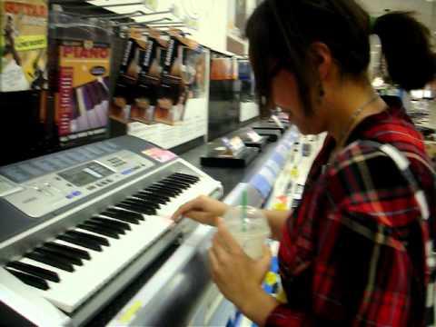 uber goober attepmting the piano :)