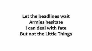 Danny Elfman - The Little Things w lyrics