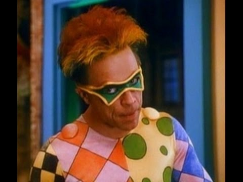 Mark Hamill as the Trickster in the Original The Flash TV show scene