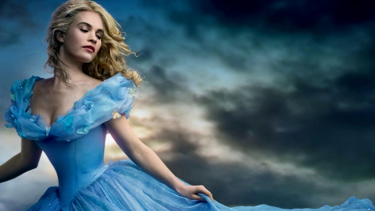 Lily James(Cinderella) - A Dream is a Wish Your Heart ...