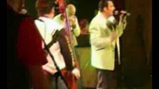 Graham Fenton & The Lennerockers - Buzz Buzz A Diddle It
