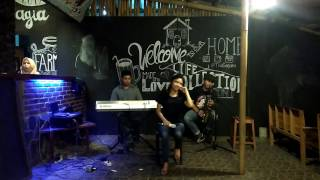 Sandy Ria Ervina  single Sorry Hunny   Ambon & Putut @SUSUKU cafe Ungaran