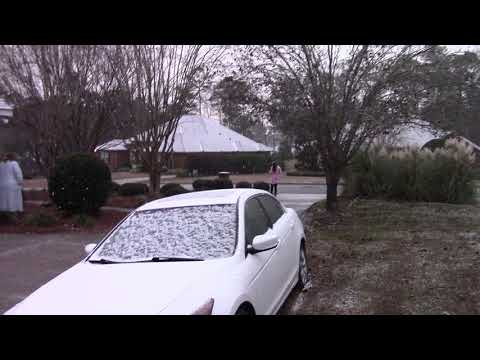2018 Snowing in Tallahassee Florida (01-03-18)