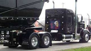 KENWORTH W 900 WITH DUMP TRAILER