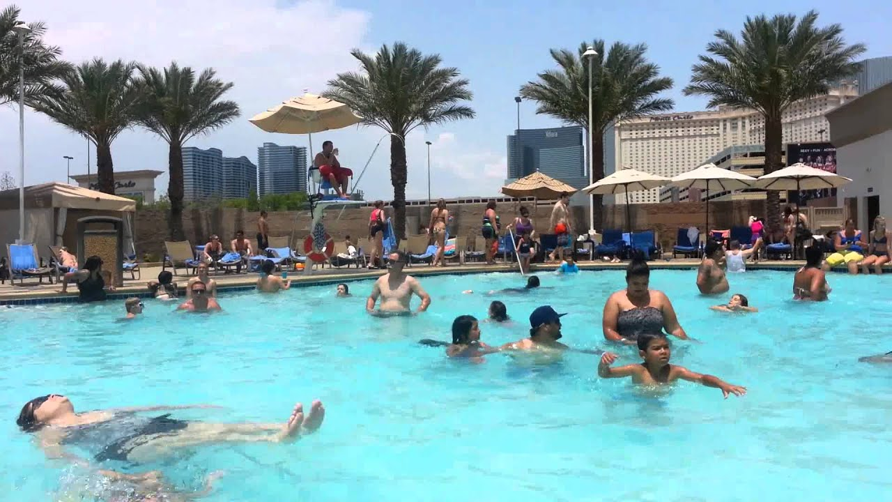 The Pool At Excalibur Youtube