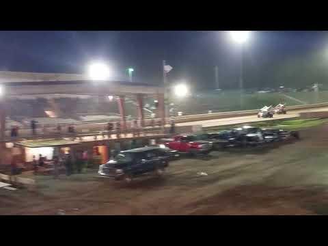 Ryan Quackenbush Bedford Speedway URC feature 5.10.19