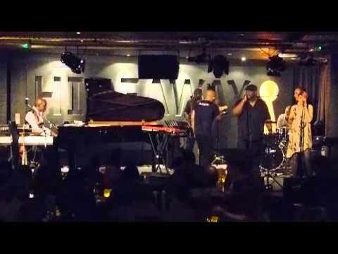 Omar - There's Nothing Like This Live @ Hideaway, Streatham May 11, 2012.mp4