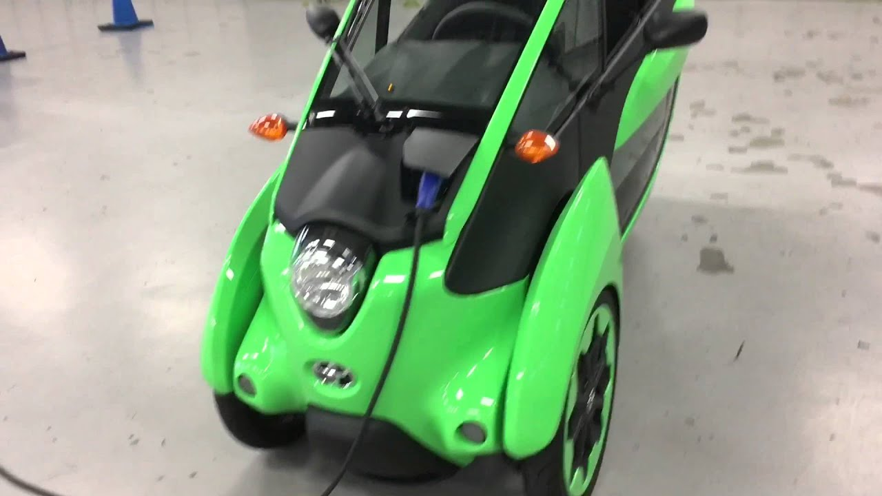 Hands On With Toyota Iroad A Car Motorcycle Hybrid