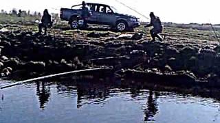 Мое измененное видео рыбалка Шоша канава 2012 года(Этот ролик обработан в Видеоредакторе YouTube (http://www.youtube.com/editor), 2016-05-31T03:58:02.000Z)
