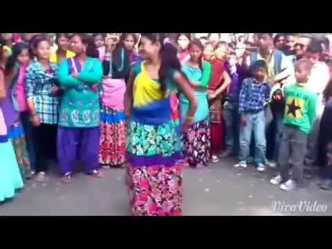 Village girl dance on bhojpuri song