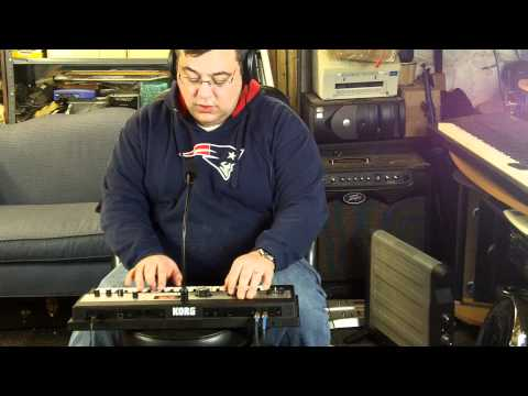 Messing around with Korg microKORG XL