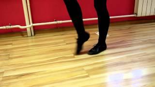 Онлайн-уроки по технике пантомимы. Шаг на месте