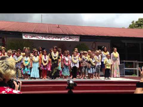 Waimea Country School Lei Day 050313