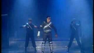 "Moreno Michael rinde Homenaje a Michael Jackson en ""Súper Sábado Sensacional"""