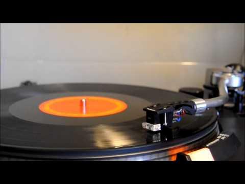 Daft Punk - Instant Crush [Vinyl] [Technics SL-1900]