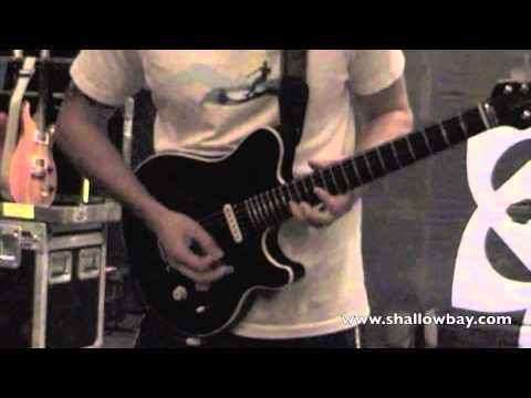 Shallow Bay Soundcheck Solo - Aaron Fink