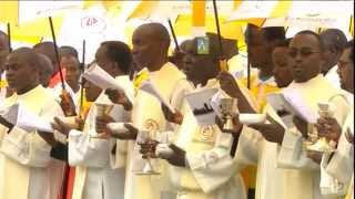 Pope Francis holds giant open-air mass in Nairobi