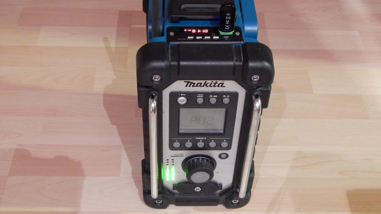 makita radio mit 2x 10 led vu meter youtube. Black Bedroom Furniture Sets. Home Design Ideas