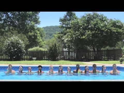 Kids Create Bellagiostyle Water Show in Pool