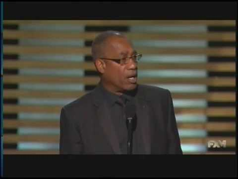 Joe Morton wins Emmy Award for Scandal (2014)