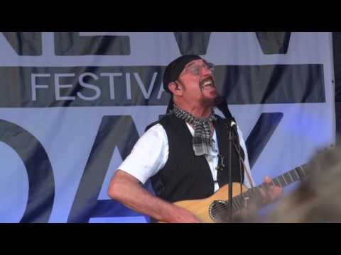 Ian Anderson - Jethro Tull -  New Day Festival 2016  -  Thick as a Brick