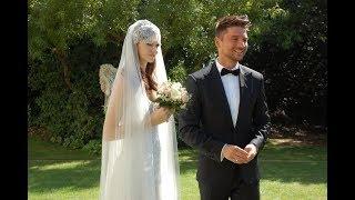 Лазарев тайно женился! Появилось свадебное фото певца с красавицей-невестой и морем цветов