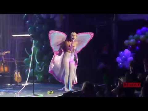 Miley Cyrus Covers Khia's 'My Neck, My Back'