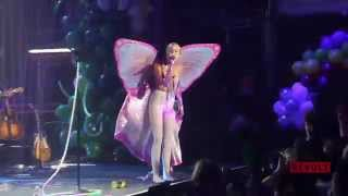 Miley Cyrus Covers Khia