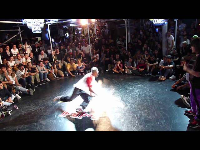 Ottavi di finale @redbull Bc One Italy 2016 Ibra (Funkobotz) vs Dhalsim (Ostia Rockerz)