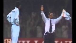 Ijaz Ahmed 139* off 84 balls vs India, 9 sixes! 1997