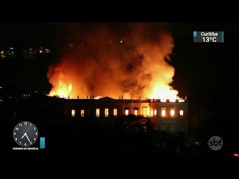 Incêndio no Museu Nacional ganha destaque na imprensa internacional | SBT Brasil (03/09/18)