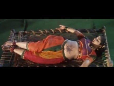 Khatiya Charar Marar Bole [Bhojpuri Item Song] Piparwa Par Ke Baram