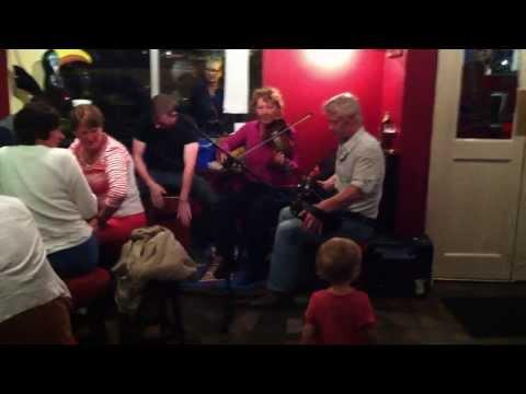 The Strand Street Ceili Band @ Marina Inn Pub, Dingle, Ireland