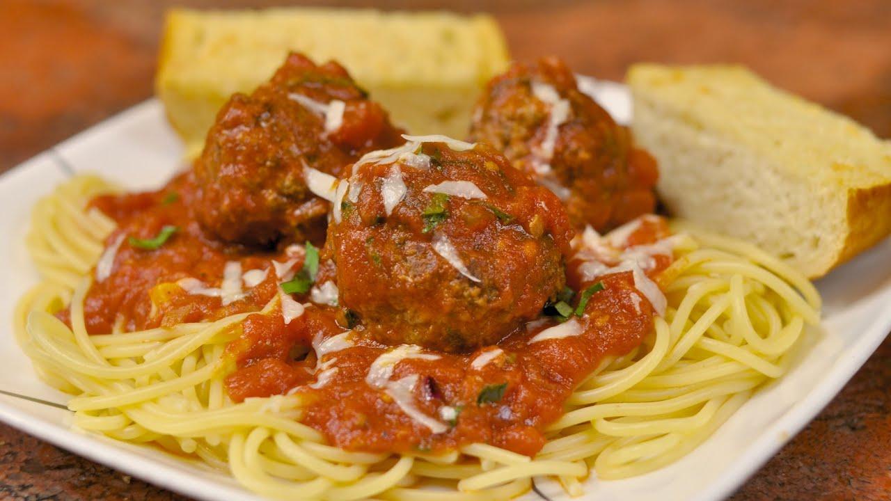 Spaghetti and Meatballs with Garlic Bread Recipe - YouTube