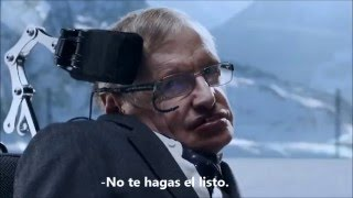 Stephen Hawking hace de villano en nuevo comercial de Jaguar