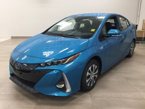 2020-toyota-prius-prime-technology-review