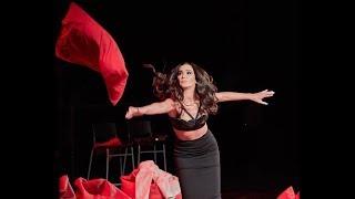 Что Ольга Бузова вытворяла с микрофоном на концерте