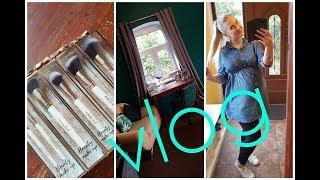 VLOG 21.08:Pędzle z Biedronki#Nowa toaletka# Budować nowy, czy remontować stary?