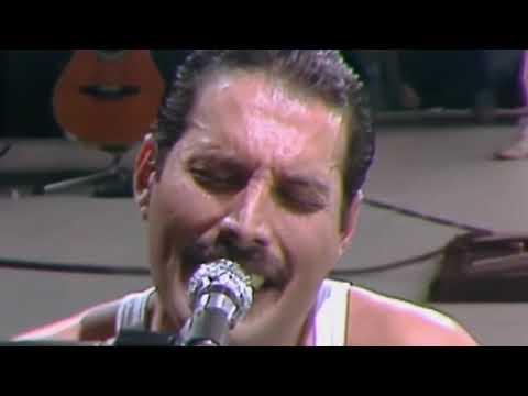 Queen-Bohemian Rhapsody ( LIVE AID on 1985 ORIGINAL)